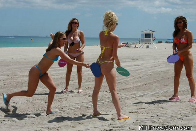 Lovely babes are sunbathing together and having wild foursome