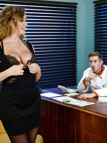 Unsurprisingly, her simple-yet-effective plan works. The horny guy gets hard and decides to fuck that pussy all night long.