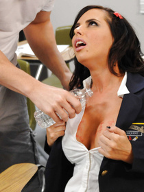 You don't often see slutty chicks like Brandy Aniston that have trouble with male attention. Case in point: this time when she got fucked raw.