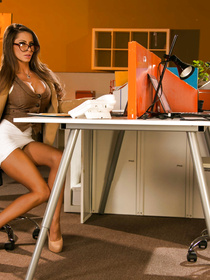 White lingerie brunette in glasses notices that her boss is sleeping in the office, like a total loser, she takes pity on his and lets him have that pussy.
