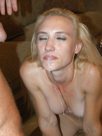Sweet chick having white hair is demonstrating awesome fuck skills on camera. She is getting her happy face covered with cumshot.