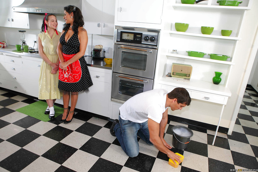 Pornstar busty housewife cleaning