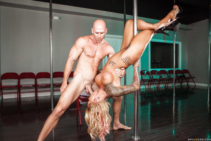 Hot Blonde Strip And Fuck Tnaflix Porn Pics